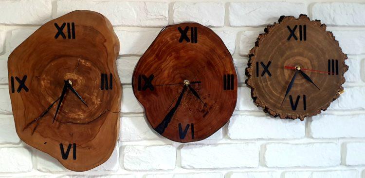 zegary z plastrów drewna