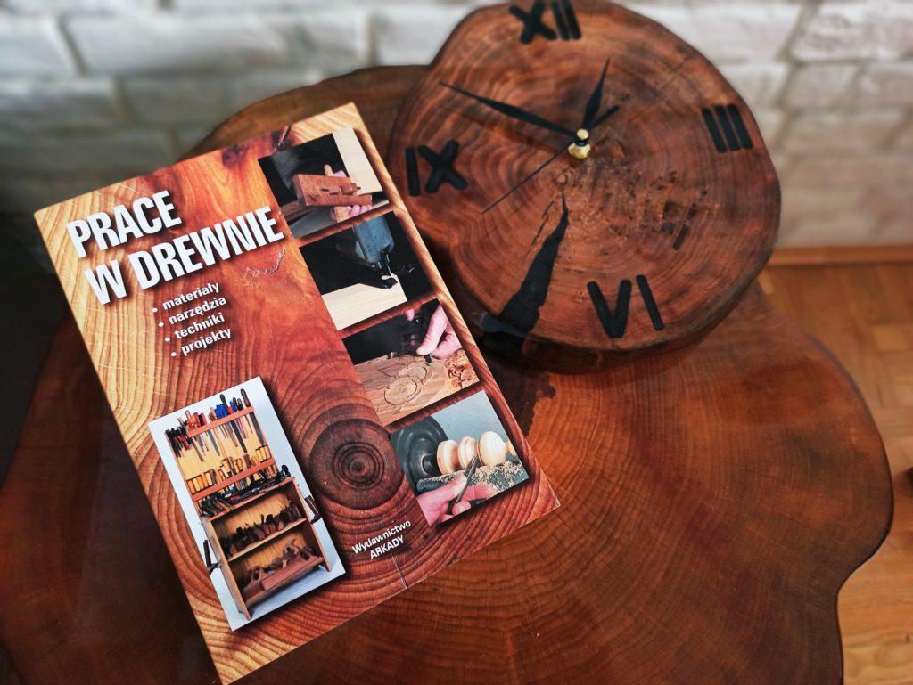 książka o drewnie