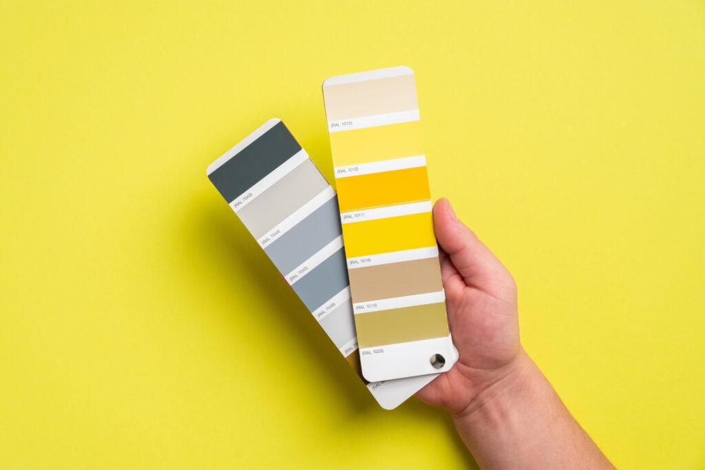 żółte szare kolory ścian