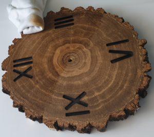 drewno po zastosowaniu bejcy