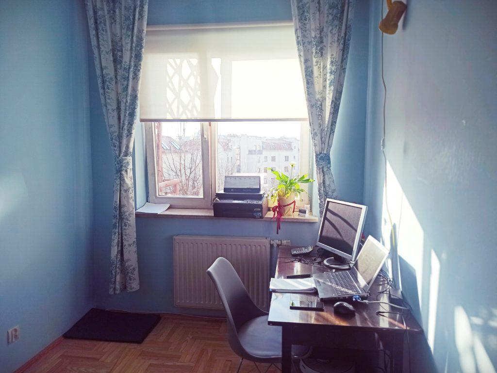 tymczasowe domowe biuro